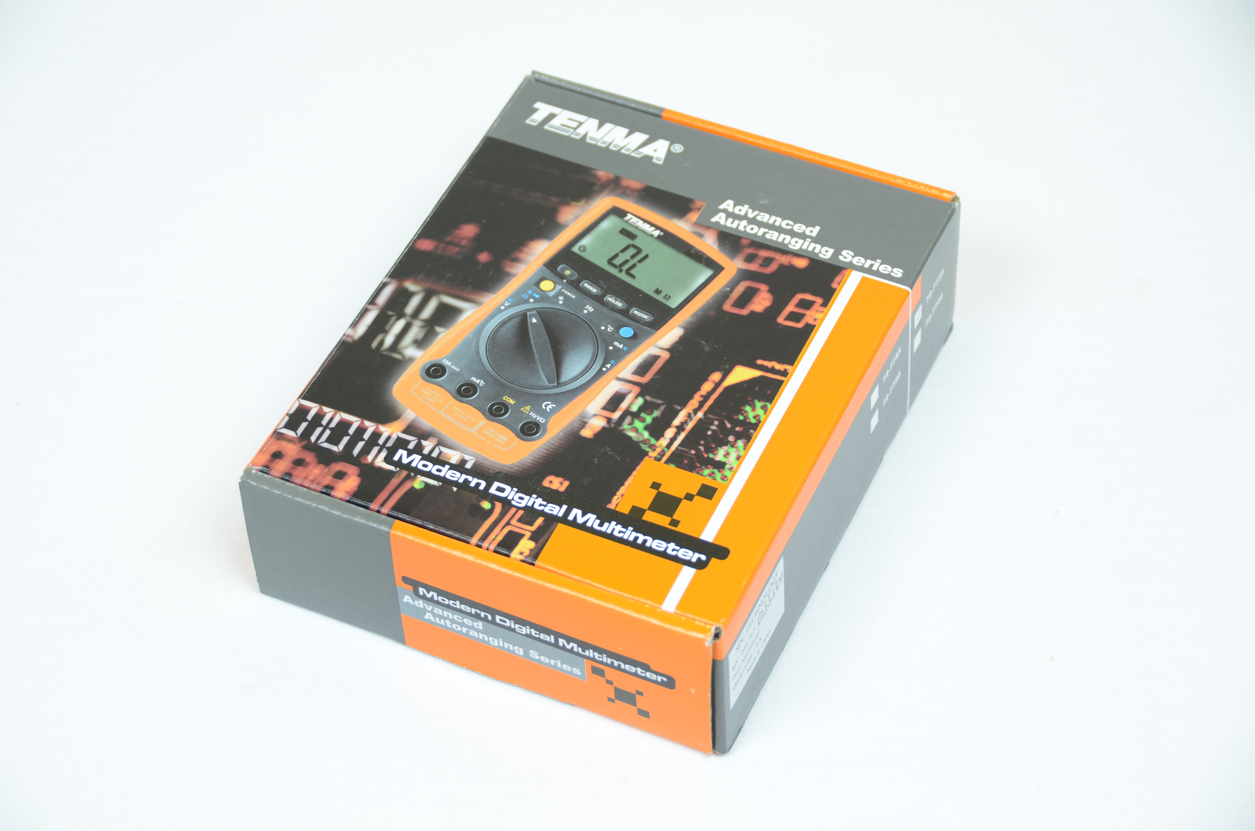 Tenma 72 7735 Unpacking Pyroelectro News Projects Tutorials Simple Touch Screen Interface Schematic The Multimeter Box Itsself Is Typical Of Most Electronics Products Flashy Images All Around It Showing Off What Looks Like And Exclaiming Nice